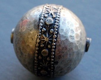 Moroccan Silver Beads Large Round Hollow Handmade - Circle of Stones - Jewelry Making Supplies