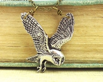 Barn Owl Necklace. Antiqued Pewter and Antiqued Bronze Chain Necklace Pendant.
