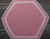 """Crochet Thick Rug Pink Off White Flower Stitch Cotton Pentagon 35"""" READY to SHIP"""