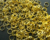 SALE - Gold Split Rings Jump Rings - Set of Over 300 - 7mm Bright Gold Finish (GFD0001)