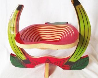 Vintage Collapsable Fruit Bowl - Apples and Bananas - Retro -Folding Fruit Basket