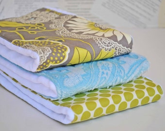 LACE  BABY BURPCLOTHS Set of  (3) very Absorbent 100% cotton baby burp cloths with coordinating fun cotton print......very useful gift