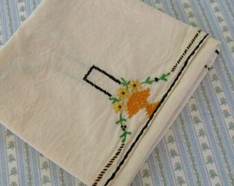 art deco tablecloth . art deco embroidery . Ecru Embroidered Art Deco Table Topper . Art Deco Tablecloth