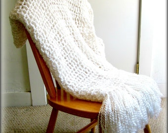 White Throw Blanket, Crocheted Afghan Home Decor, Bed, Wedding Blanket, Christening Blanket, MADE TO ORDER