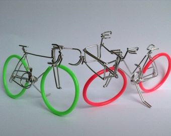 Bicycle Wedding Cake Topper: HAPPY BIKES