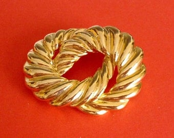 Entwined Circles Brooch Vintage