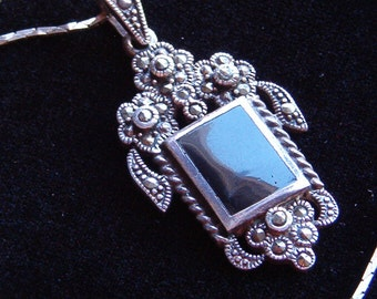 Necklace, Vintage 925 Sterling Silver Onyx Pendant with Chain