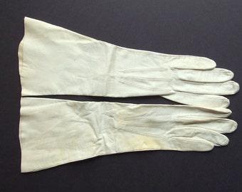 Soft White Three Quarter Length Vintage Kid Leather Gloves, Size 6