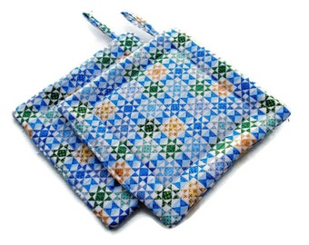 Handmade Quilted  Pot Holders set of 2 Star Quilt Block Blue Yellow Green White