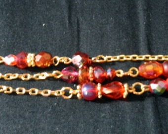 Irridescent Reds, Oranges and Gold Tricolor Beaded Bracelet