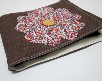 Brown Floral Tudor Rose Linen Needlebook