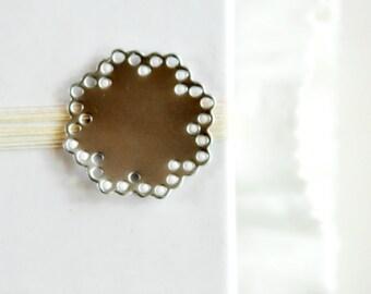 Pretty Paper Doily {10} Stickers Seals Envelope Gift Embellishment Metallic Shiny SILVER Engagement Invitations