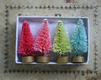 Candyland Bottle Brush Tree Gift Box - Tiny 1-1/2 Inch Bottle Brush Christmas Trees - Set of 4 Miniature Decorating Tree - Party Favor