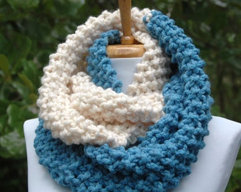 Blue and Cream Chunky Infinity Scarf, Colorblock Scarf, Knit Infinity Scarf, Chunky Scarf, Knitted Circle Scarf, Women's Scarf, Winter Scarf