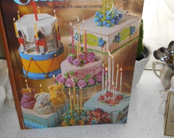 1976 Wilton Celebrate III The Annual for Cake Decorators Book