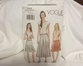 Vogue  2001  sewing pattern 7302 misses flared skirt ,  size 14-16-18  UNCUT