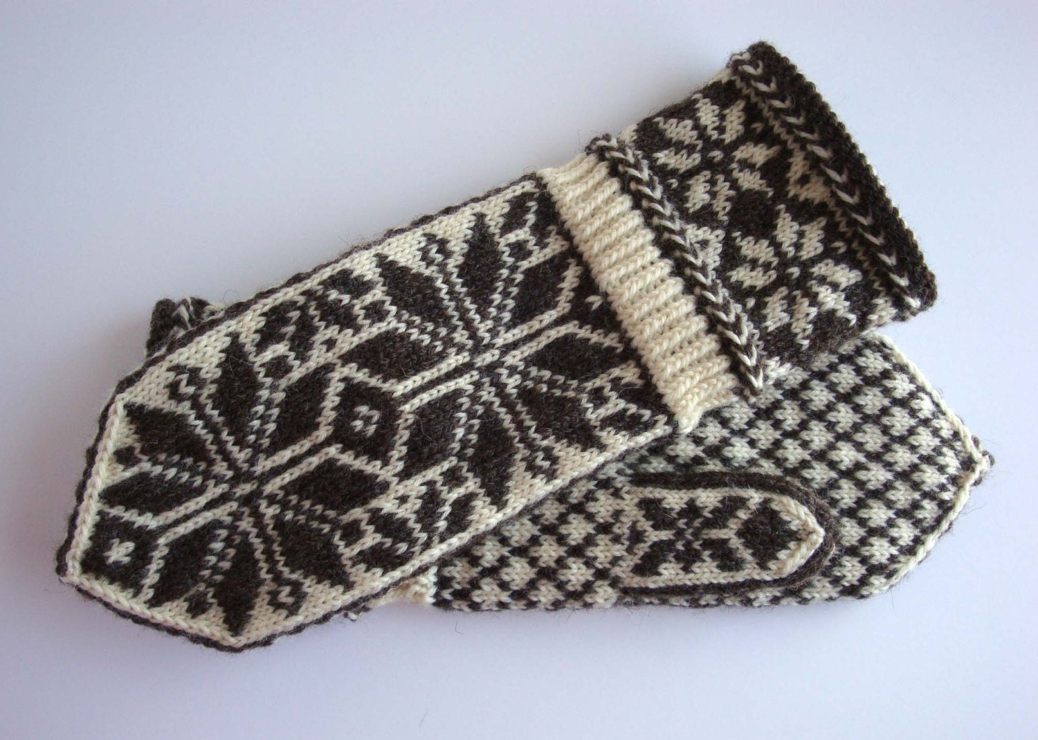Fair Isle Mittens Snow Flake Pattern Norwegian