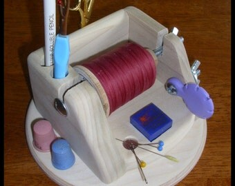 Mini Thread Caddy Deluxe Nels Special    Holds your hand quilting or sewing essential items.