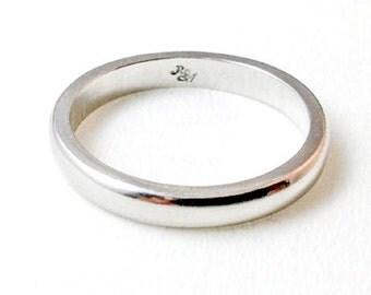 Round Ring Platinum 900
