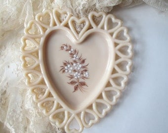 Vintage Westmoreland Coraline Milk Glass Beaded Bouquet Heart Plate