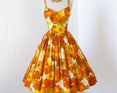 vintage 1950's dress ...fabulous ANDRADE by SUN FASHIONS cotton hawaiian print convertible halter straps full skirt pin-up party dress