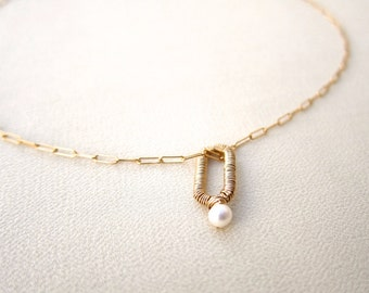 small white pearl  with gold