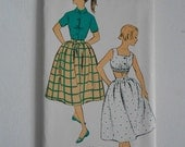 Vintage 50s Skirt Blouse Midriff Pattern New York 1386 Size 17 Bust 35 UNCUT