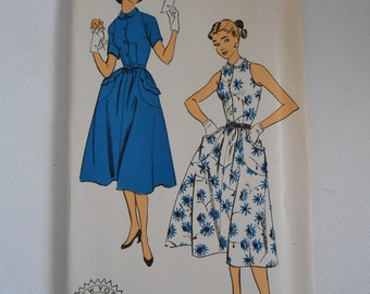 Vintage 50s Sleeveless or Short Sleeve Dress with Peter Pan Collar Sewing Pattern New York 1624 Size 16 Bust 34 UNCUT
