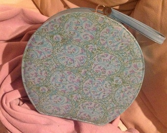 Vintage ROUND Blue TRAVEL CASE Make up Holder Storage