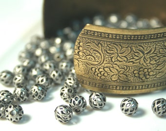 Diamond Patterned Filigree Antique Silver 6mm Brass Beads