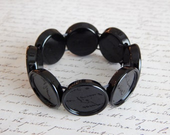 Black Adjustable Stretch Bracelet with Round Bezels with Matching Glass Cabochons 20mm
