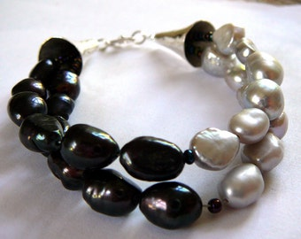Light and Dark -Yin Yang Balance Bracelet / Sterling Silver , Sweetwater Pearls