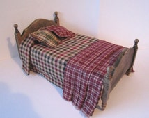 Dollhouse Bed ,Single bed,  country style bed, childs bed, Homespun spread, dollhouse miniature, twelfth scale,