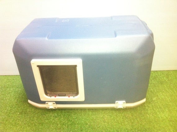 LARGE CAT POD with Large Door, outdoor cat house, bed, shelter, condo