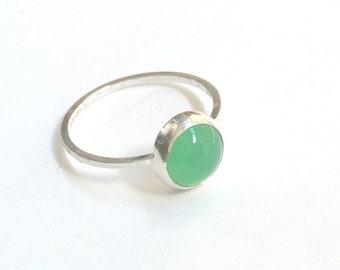 Chrysoprase Ring, Apple Green Ring, Vivid Green Ring, Green Chalcedony, Chalcedony Ring, Simple Clean Lines, Graduation Gift, Birthday Gift