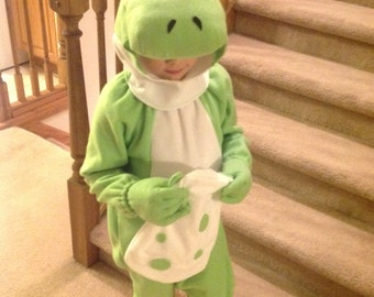 Fleece dragon Halloween costume size 2/3 with Yoshi egg bag Mario Nintendo new