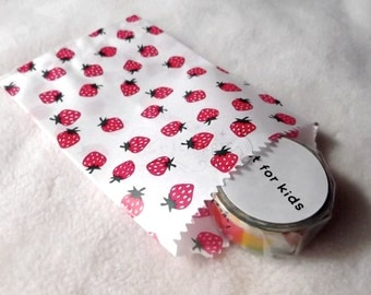 Strawberry Flat Paper Gift Bags - 2 Sizes / 1 size - Set of 10