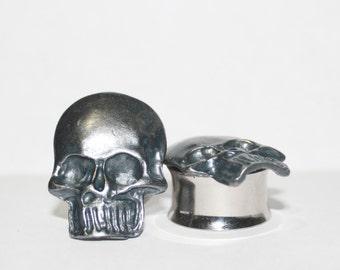 "Large Grey Skull Plugs 5/8"" 3/4"" 16mm 19mm"