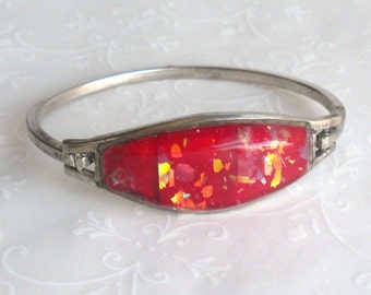 Candy Apple Red Confetti Lucite Bangle Bracelet