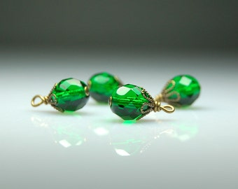 Vintage Style Bead Dangles Green Glass Set of Four G423