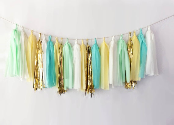 Breeze Tassel Garland