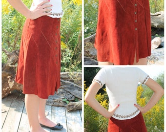 vintage 1970s brushed leather skirt rust brown red color hippie boho snap front top stitch a line suede size small