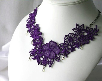 Princess NECKLACE - Venice - Violet- Wedding - Valentines Day - Heart - Crystals Beads - Party- Embroidery Free Standing Lace
