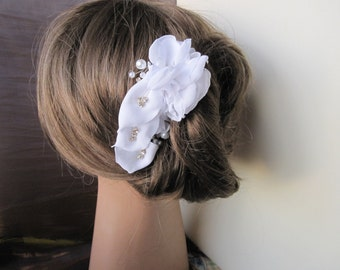 calla lily hair comb or clip fascinator flower white or custom color of chiffon