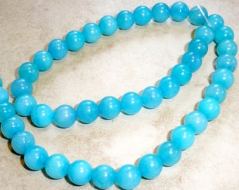 Beautiful Aquamarine Beads  Rounds  8mm  Half Strand