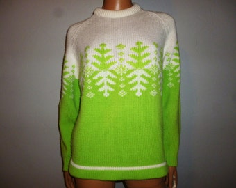 """Vintage 60's - Hand Loomed - Two Tone - Lime Green - White - Novelty Knit - Snowflake - Ribbed - Knitted - Snow - Ski - Sweater  -  44"""" bust"""