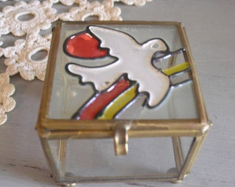 Vintage glass and brass Ring Box  ~~ Wedding ~~ Dove ~ Small glass box Ring keeper ~ Trinket