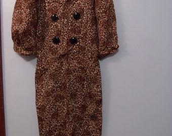 Darling animal print dress, 1950s Wiggle Dress in leopard