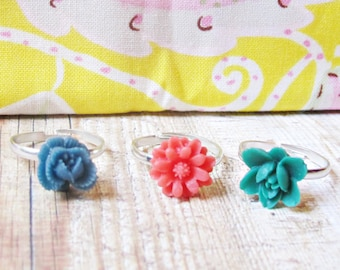 Girls Ring Set Children Flower Navy Blue Red Emerald Green. Trio Kids Party Favour Botanical Floral. Jewellery Jewelry Bonbonniere Gift