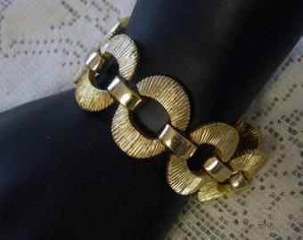 Vintage Bracelet 1960s Bergere Gold Link